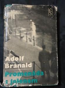 náhled knihy - Promenáda s jelenem (1. vyd., foto V. Radechovský)