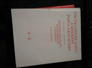 Encyklopedie jazzu a moderní populární hudby, část jmenná 1, 2 (A4, Ocpl, 560 a 544 s.)