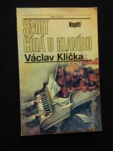 náhled knihy - Smrt číhá u klavíru (il. M. Disman)