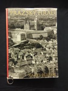 náhled knihy - Pražský hrad (A4, Ocpl, 180 s foto, 56 s textu)