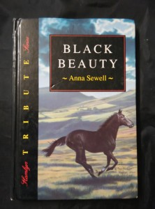 náhled knihy - Black Beauty (lam, 190 s.)