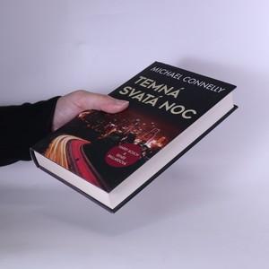 antikvární kniha Temná svatá noc, 2019