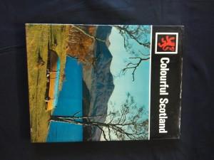 náhled knihy - Colorful Scotland (A4, Ocpl, nestr., angl., něm, fr.)