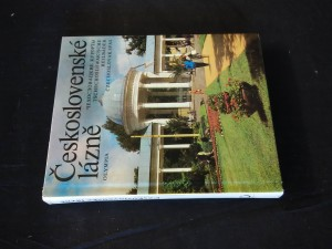 náhled knihy - Československé lázně (lam, 204 s., 109 čb a 32 bar. foto.)