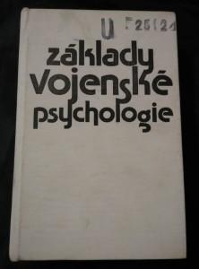 náhled knihy - Základy vojenské psychologie (Ocpl, 666 s.)