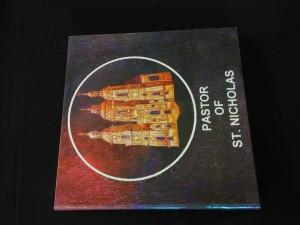 náhled knihy - Pastor of St Nicholas (lam, 207 reprofoto, uvolněná předsádka)