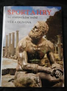 náhled knihy - Sport a hry  ve starověkém světě (A4, Ocpl, 3210 s.)