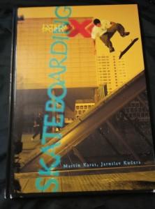 náhled knihy - Skateboarding (A4, lam, 120 s. 117 bar a cb foto)