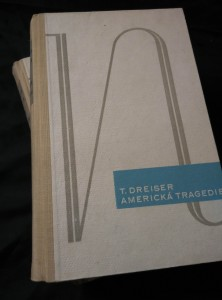 Americká tragedie I, II (Oppl, 512 a 492 s., bez přebalu)