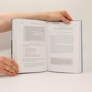 antikvární kniha Těhotná a fit : průvodce aktivním těhotenstvím pro sportovkyně od sportovkyň, 2015