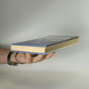 antikvární kniha Mimo prostor a čas, 1997
