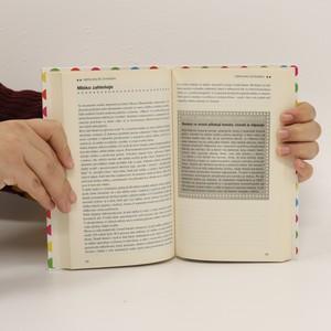 antikvární kniha Nepolykejte žvýkačku : mýty, polopravdy a naprosté lži o lidském těle, o nákazách a léčbě nemocí, o sexu a těhotenství, o miminkách a dětech, o jídle a pití, 2011