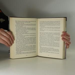 antikvární kniha Vražda za úsvitu, 2005