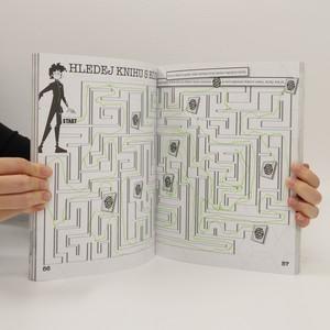 antikvární kniha Knížka pro špiony, 2013