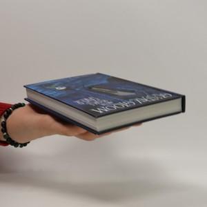 antikvární kniha Gustav Gloom and the People Taker, 2012
