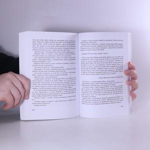antikvární kniha Boj o ostrov, 2011