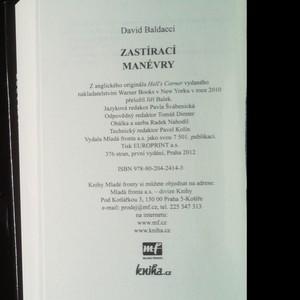 antikvární kniha Zastírací manévry, 2012