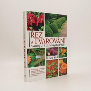 náhled knihy - Řez a tvarování ovocných a okrasných dřevin