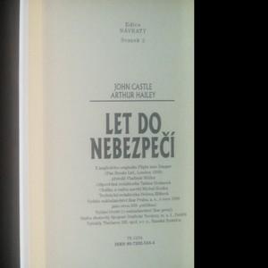 antikvární kniha Let do nebezpečí, 1999