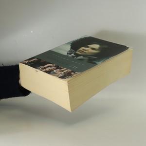 antikvární kniha Bídníci 1. a 2. díl (2 svazky), 2010