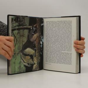 antikvární kniha Planeta žije, 1990