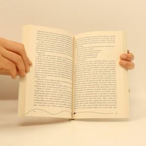 antikvární kniha Letuška z economy, aneb, Co na Instagramu neuvidíte, 2019
