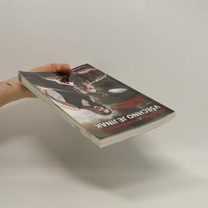 antikvární kniha Všechno je jinak, aneb, Co nám neřekli o důchodech, euru a budoucnosti, 2011