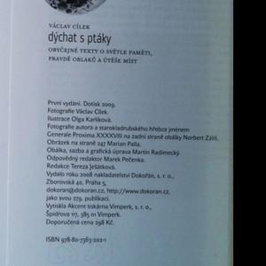 antikvární kniha Dýchat s ptáky : obyčejné texty o světle paměti, pravdě oblaků a útěše míst, 2008