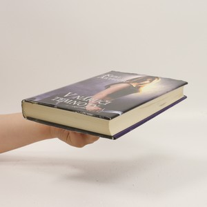 antikvární kniha V náruči temnoty, 2016