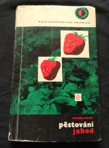 náhled knihy - Pěstování jahod (Obr, 208 s.)