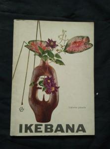 náhled knihy - Ikebana (Obr, 86 s., 65 obr, 4 bar příl.)