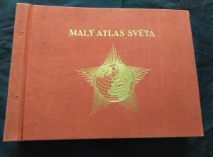 náhled knihy - Malý atlas světa (123 mapy,  104 s. rejstřík,  162 s. texty) -  ochr. Pouzdru
