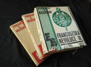 náhled knihy - Francouzská revoluce I, II, III  (A4, Ocpl, ochr pouzdra, 544, 536, 536 s., přes 500 vyobr., 57 příl. vč neotypií, vaz a typo A. Chlebeček)