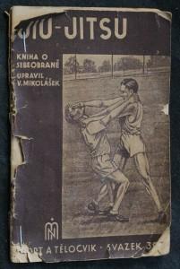 náhled knihy - Jiu-Jitsu : kniha pro ty, kdož se chtějí státi nepřemožitelnými