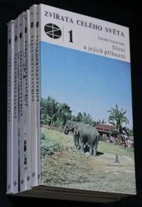 náhled knihy - Zvířata celého světa. 6 svazků. Sloni a jejich příbuzní. Koně, osli a zebry. Hadi. Medvědi a pandy. Poloopice a opice. Papoušci.