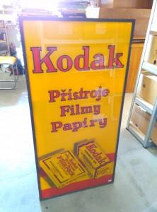 náhled knihy - Reklamní cedule Kodak - přístroje, filmy, papíry