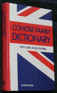 náhled knihy - Concise family dictionary : with over 30000 entries
