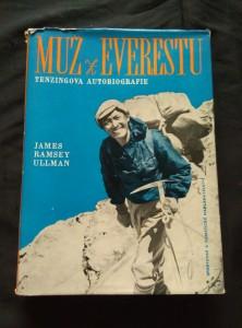 náhled knihy - Muž z Everestu - Tenzingova autobiografie (Ocpl, 226 s. + 28 s obr příl, 2 mapky)