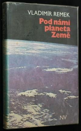 náhled knihy - Pod námi planeta Země