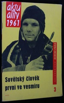 náhled knihy - Sovětský člověk první ve vesmíru