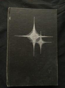 náhled knihy - Pozemšťané a mimozemšťané (Ocpl, 448 s., il. M. Jiránek)
