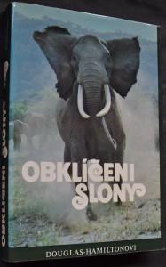 náhled knihy - Obklíčeni slony