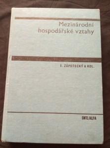 náhled knihy - Mezinárodní hospodářské vztahy (A4, Ocpl, 400 s.)
