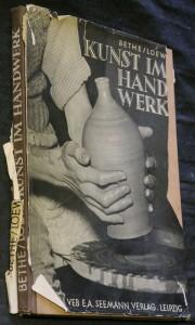 náhled knihy - Kunst im Handwerk