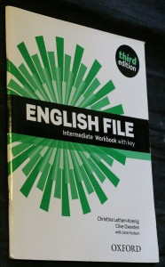 náhled knihy - English file: intermediate workbook with key. Third edition