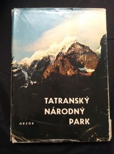 náhled knihy - Tatranský národný park (A4, Ocpl, 216 s., čb foto + 18 bar. příl., hlubotisk)