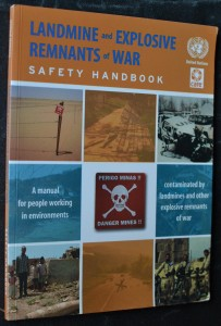 náhled knihy - Ladmine and Explosive Remnants of War: Safety Handbook