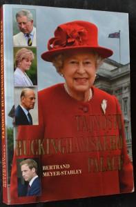 náhled knihy - Tajnosti Buckinghamského paláce