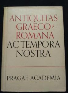 náhled knihy - Antiquitas Graeco-Romana Ac tempora nostra - sborník mezin. Kongresu v Brně 1966 (A4, Ocpl, 588 s., 7 příl.)