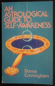 náhled knihy - An astrological guide to self-awareness